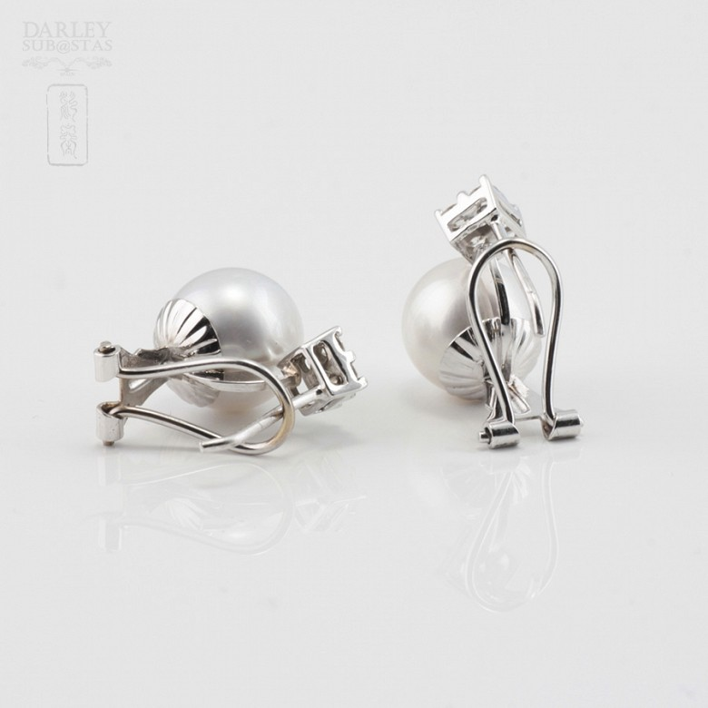 18K白金镶钻石配南洋珠耳环 - 3