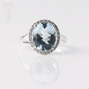Ring Aquamarine 3.95cts and diamond in White Gold