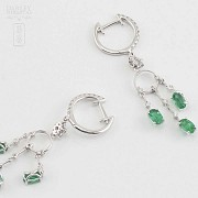 Earrings in 18k white gold, emeralds and diamonds - 3