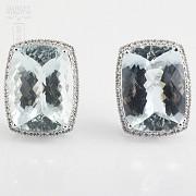 36.29克拉海蓝宝石配钻石18K白金耳环