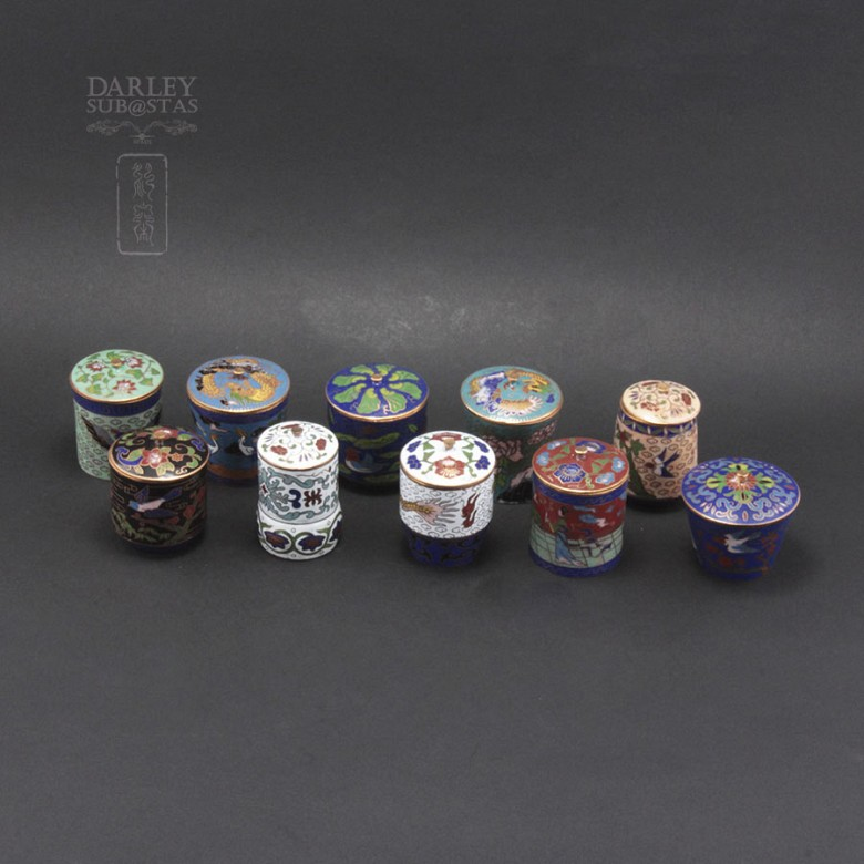 Set of 10 jars with lids Chinese cloisonne