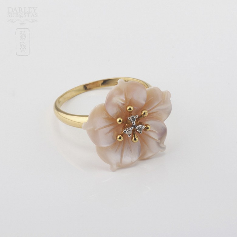 天然珍珠贝配钻石18K黄金戒指 - 1