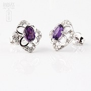 Earrings in 18k white gold with 0.98cts  amethyst and diamonds