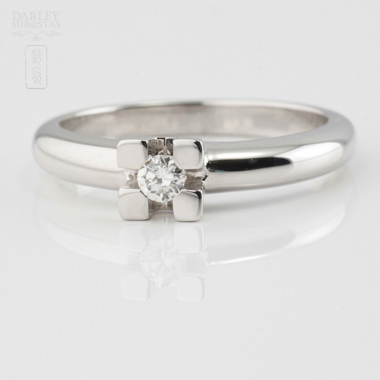 Solitaire in 18k white gold and diamond 0.12cts - 2