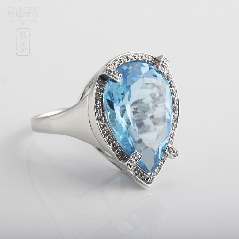Ring with Topaz 17.27 cts and Diamonds in  White Gold - 2