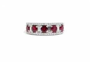 Anillo en oro blanco de 18k con rubíes y diamantes