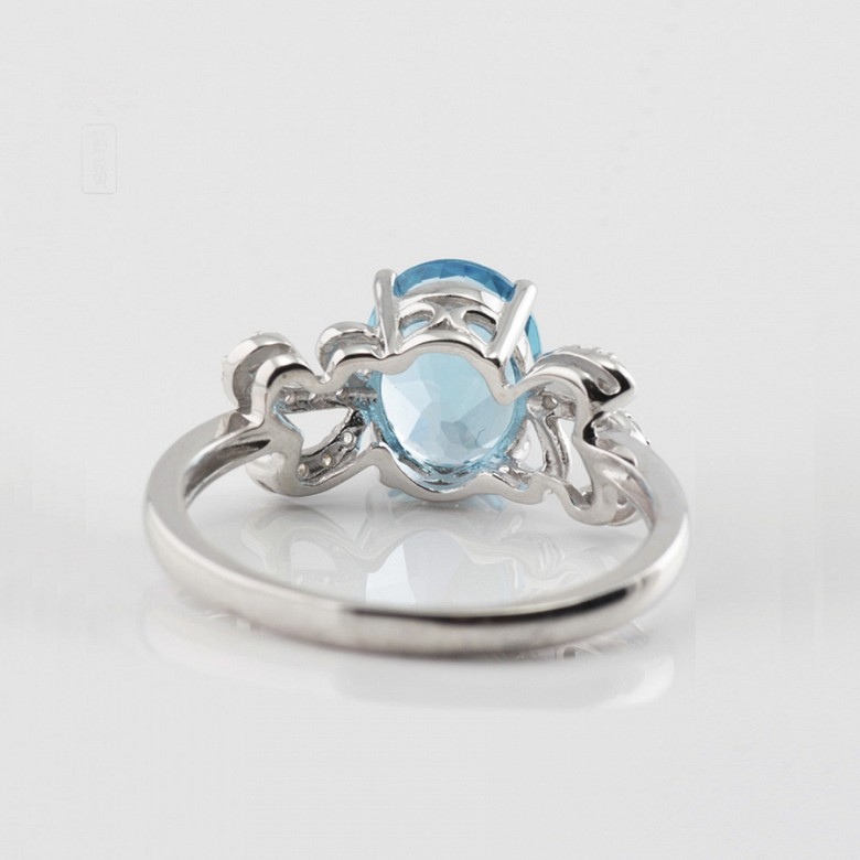Beautiful diamond ring and blue topaz - 4