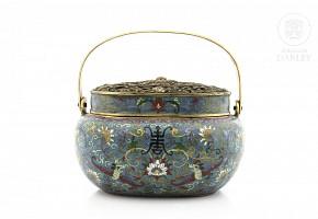 Brasero de esmalte cloisonné, China, dinastía Qing (1644-1912)