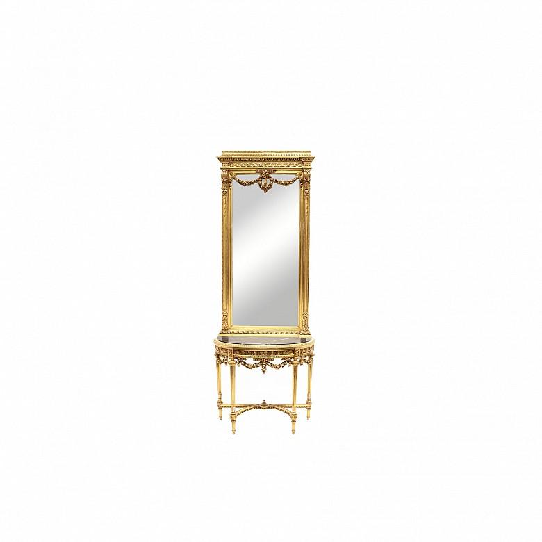 Consola y espejo de estilo Luis XVI de madera tallada y dorada, ffs.s.XIX