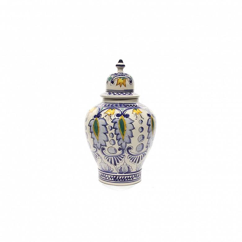 Tibor de cerámica de Talavera, s.XX