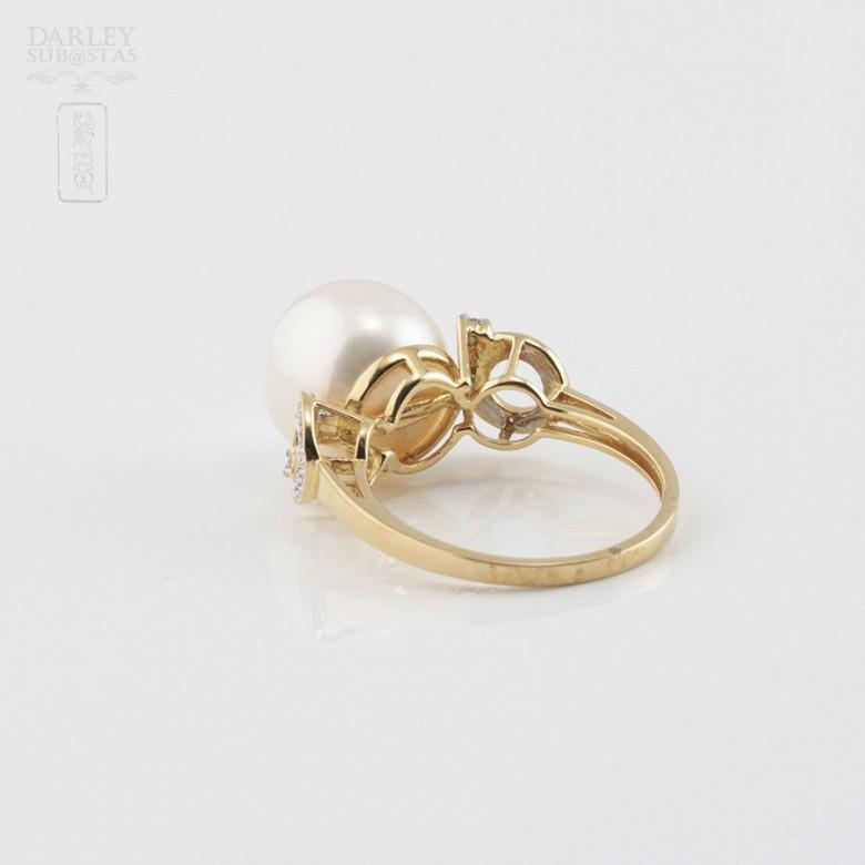 Bonito anillo con perla y diamantes - 3