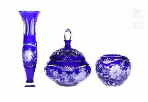 Lot of blue carved glass objects, 20th century