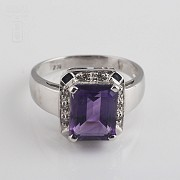 Ring with 3.30cts Amethyst and diamonds in White Gold - 3