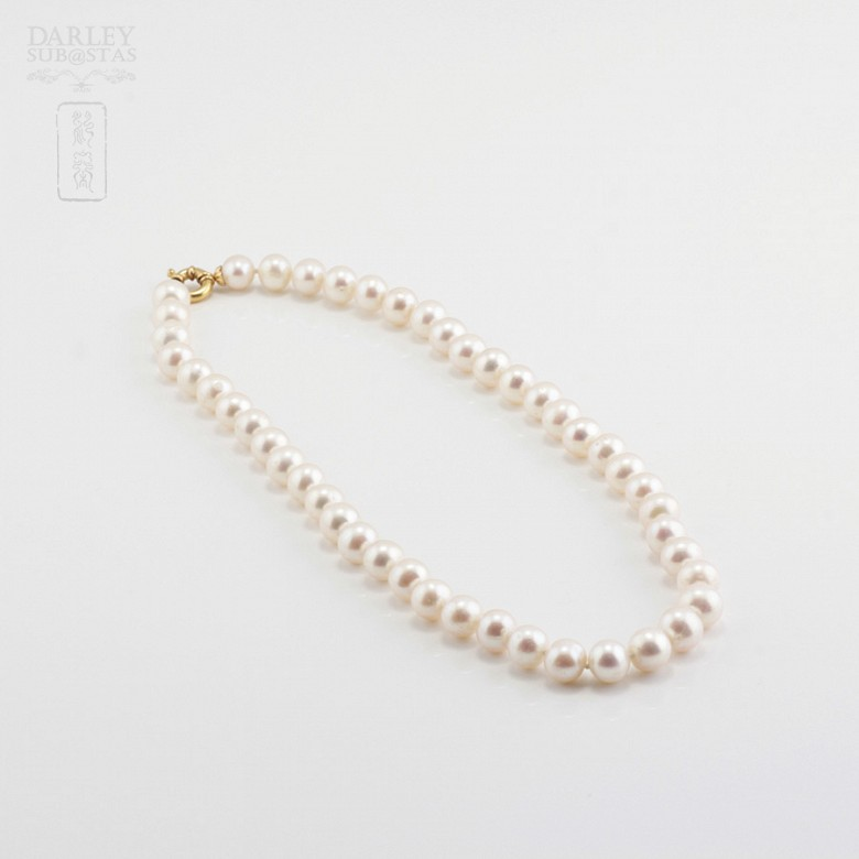 Pearl 9-10mm with 18k yellow gold clasp. - 3