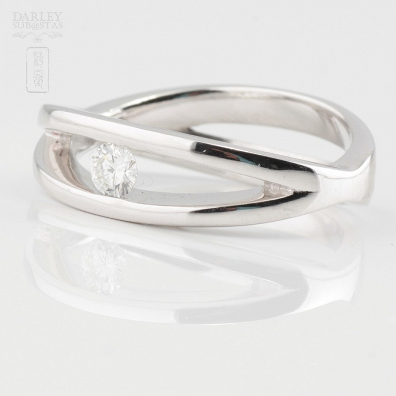 Solitaire ring-18k White Gold and Diamond 0.16cts - 1