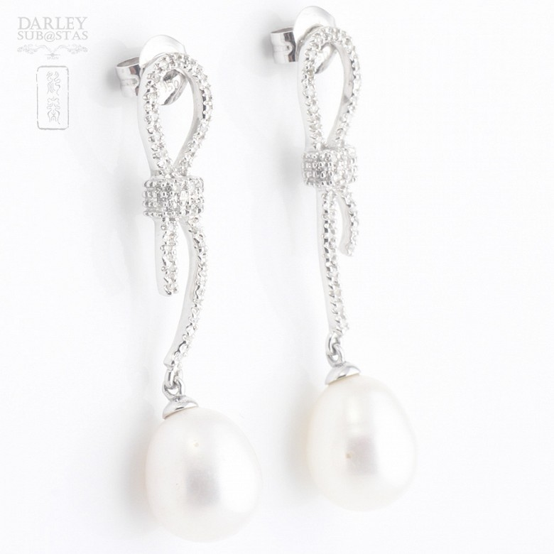 Pendientes perla natural y diamantes  en oro blanco - 3