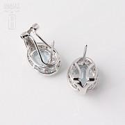 2.94克拉海蓝宝石配钻石18K白金耳环 - 2