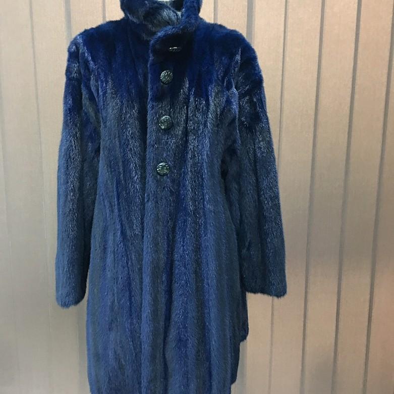Bonito abrigo de piel de visón  color azul - 4