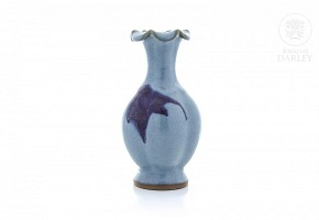 Glazed ceramic vase, Junyao style.