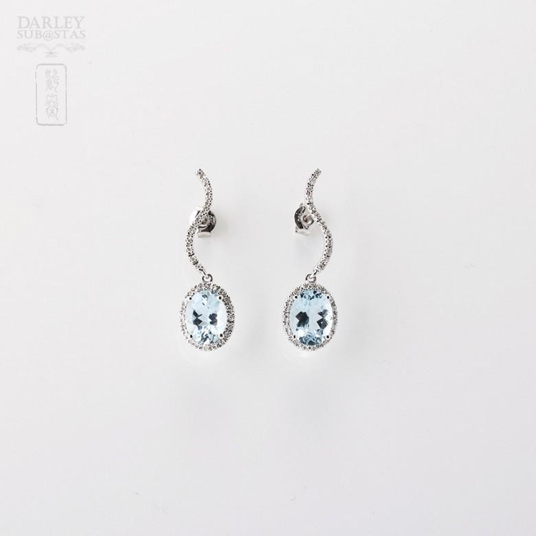 Aquamarine Earrings in 18k white gold and diamonds - 2
