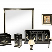 Lacquered furniture set, with oriental motifs, 20th century