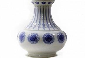 Blue and white porcelain vase, LLADRÓ