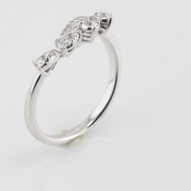 Original anillo en oro blanco 18k y diamantes 0.29cts - 2
