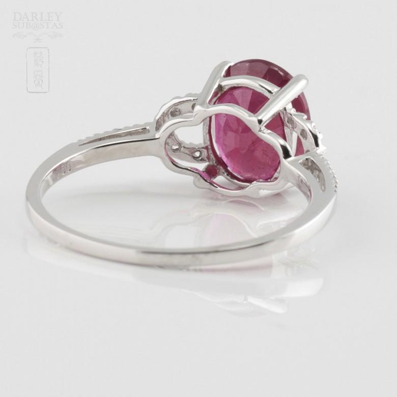 18k白金配红宝镶钻石戒指 - 3