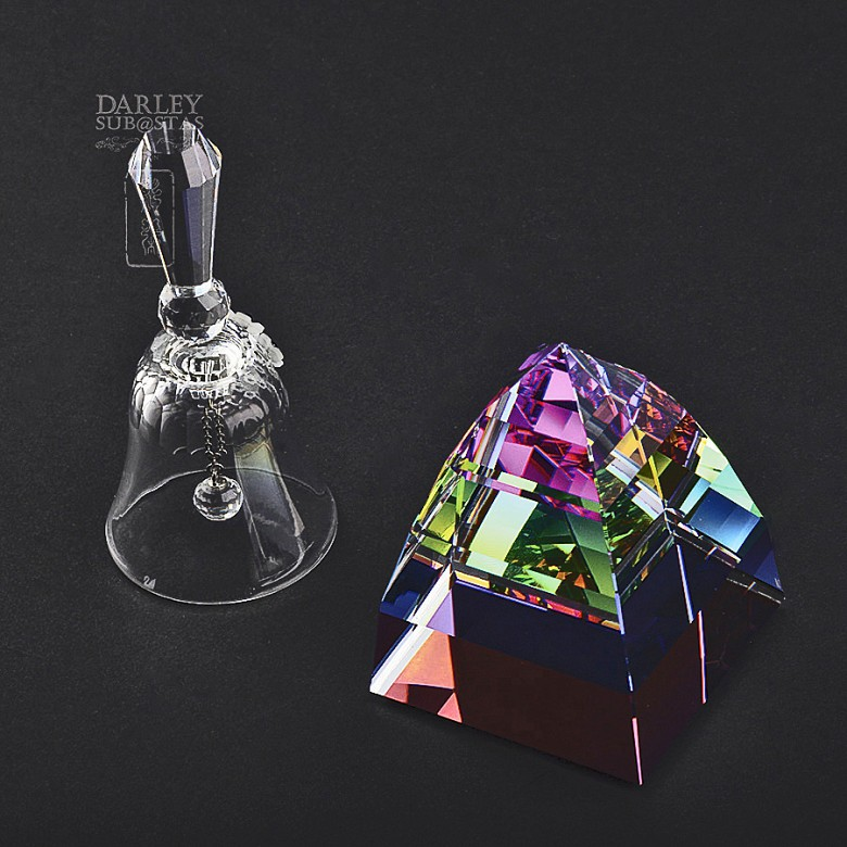 Two pieces of Swarovski crystal, bell and pyramid - 1