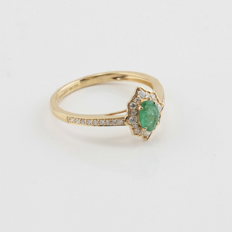 Precious 18k gold ring, bright and emerald - 1