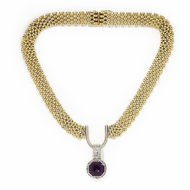 Gargantilla de oro bicolor 18k diamantes y amatista.