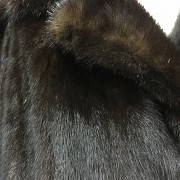 Nice mink fur coat dark brown color and long cut. - 5