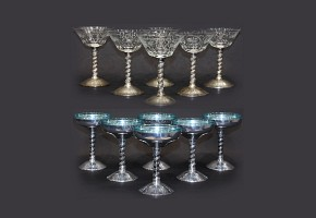 Martini and cocktail glasses set