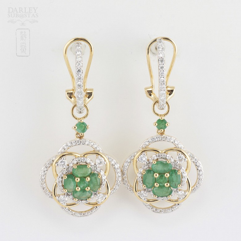 Precious emerald and diamond earrings - 1