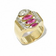 18k yellow gold Chevalier ring, with rubies and diamonds