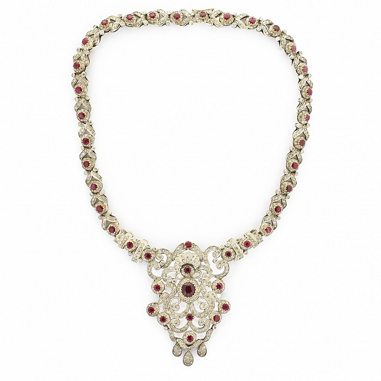 Elizabethan necklace with antique cut diamonds and rubies