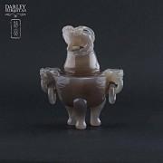 Chinese vase ornamental agata