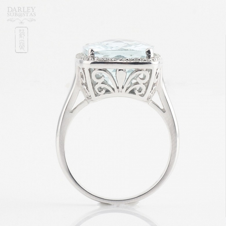 Ring with 10.09cts aquamarine  and diamonds inj white gold - 2