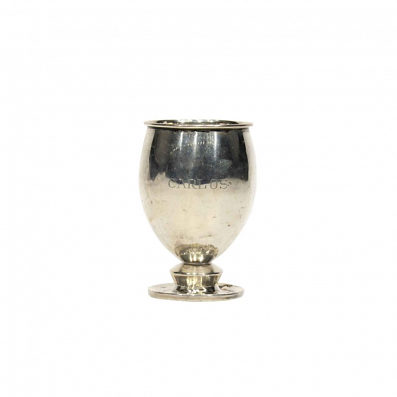 Cáliz de plata. Marcas: Industría peruana, plata esterlina 929, Camusso.
