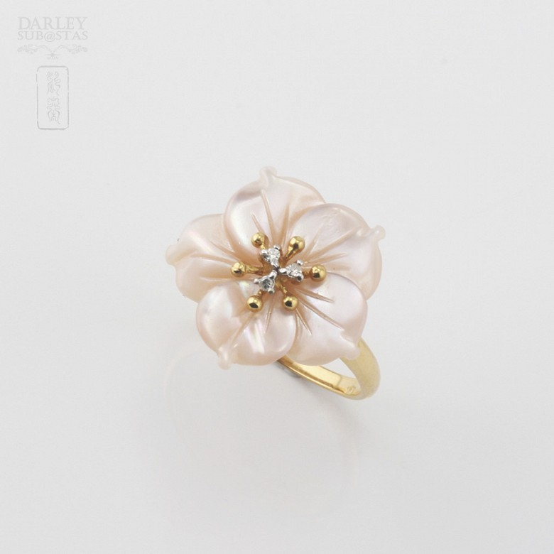 Ring with Pink pearl and diamonds in yellow gold - 4