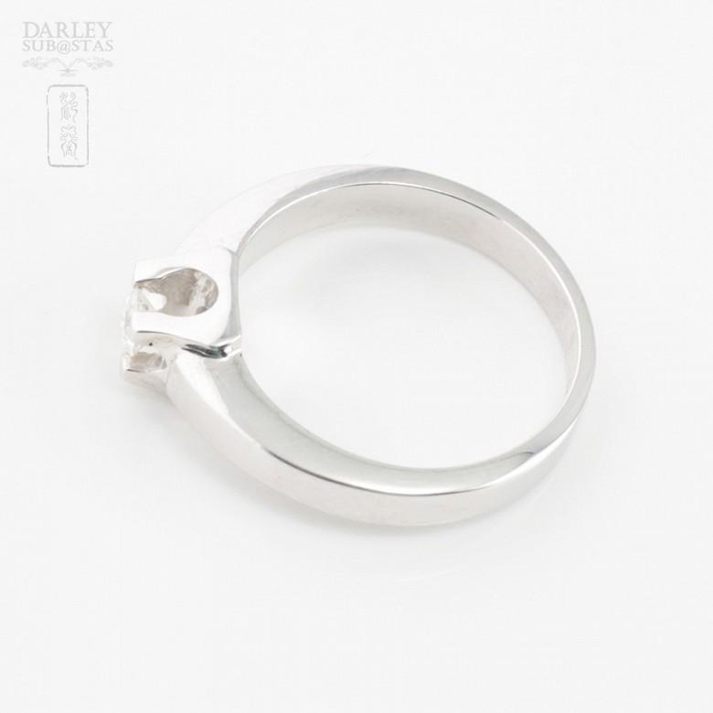 Solitario de diamante 0.16cts en oro blanco de 18k - 4