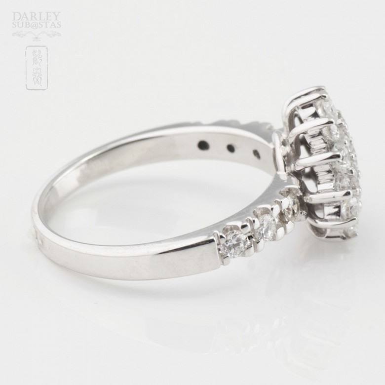 Fantástico anillo en oro blanco 18k y 1.18cts diamantes - 3