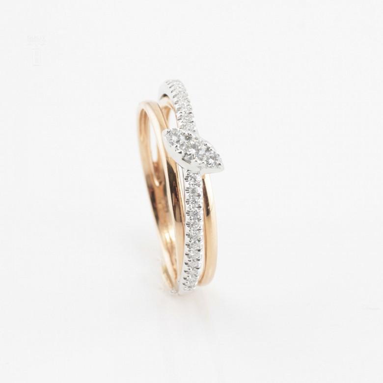 Precioso anillo oro rosa 18k y diamantes