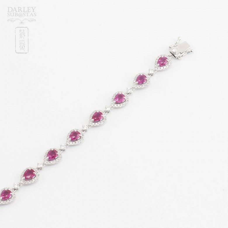 18k white gold bracelet with rubies and diamonds. - 1
