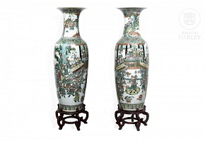 Pair of large vases, famille verte, Qing dynasty, 19th century.