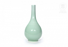 Green monochrome vase, porcelain, 20th century