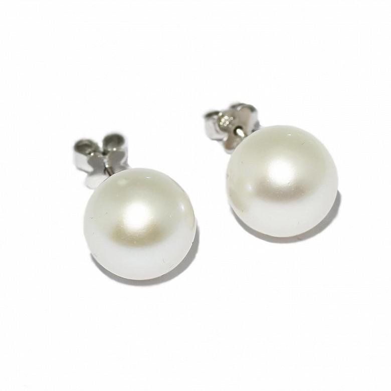 Pendientes de perla australiana de 12mm.