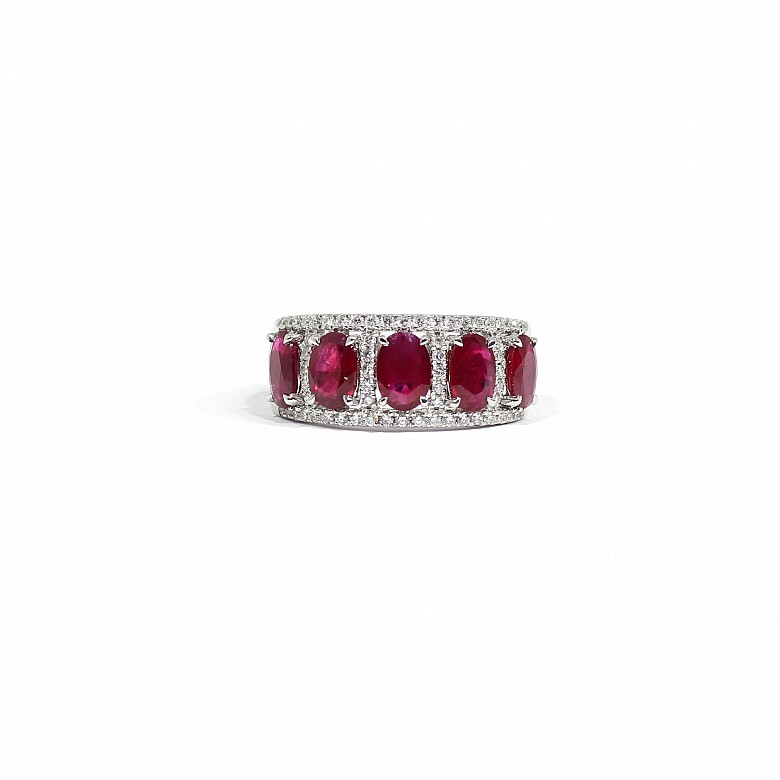 18k white gold ring with rubies and diamonds
