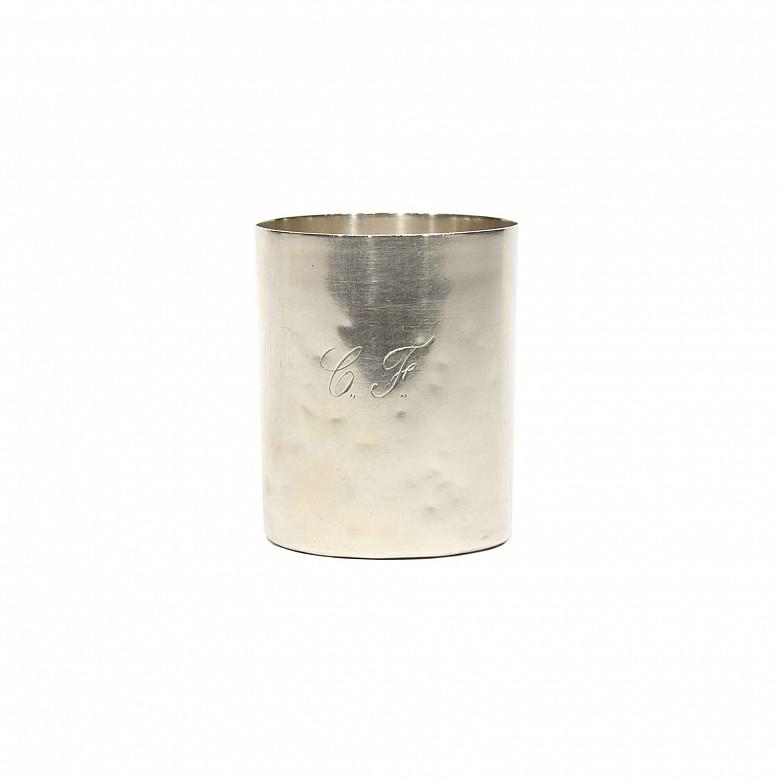 Vaso de plata, con marcas de Madrid, 1870