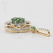 Precious emeralds and diamonds pendant - 2